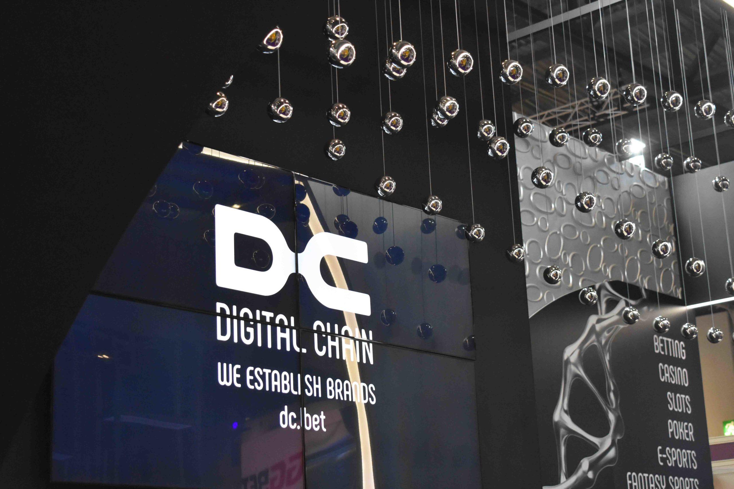 dc exhibition build